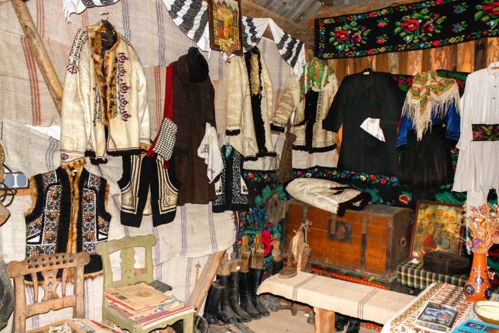 Traditional Craftsmanship of Romanian Lambskin Vests